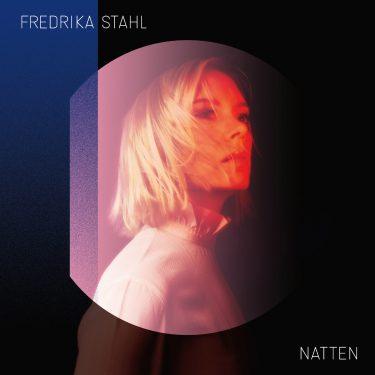10H10 - Fredrika Stahl - Natten