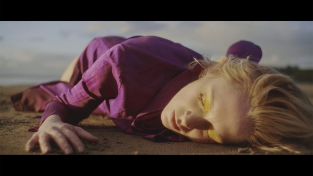 10H10 - Fredrika Stahl - Cruel World - Vidéo Clip